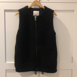 Black Wilfred Zip up Vest